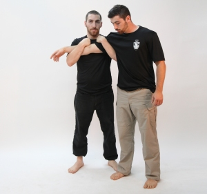 An example of a reference point 2 or Dead side two on one Grip